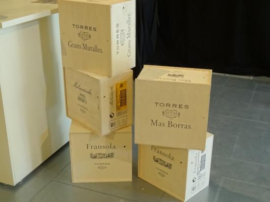 Cajas de vinos de finca de Bodegas Torres