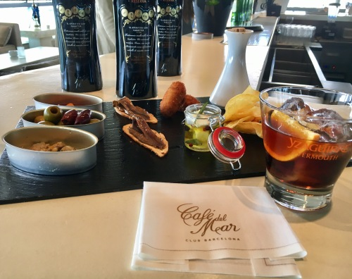 Vermut en Café del Mar Lounge Barcelona