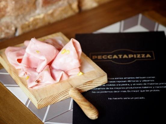 Mortadela de Bologna con pistachos