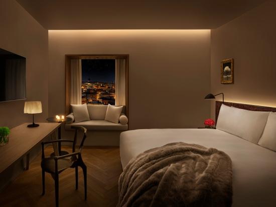 TheBarcelonaEDITION_Room
