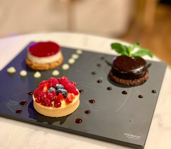 Surtido de postres en Chef's Table Andorra